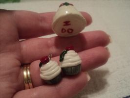 Wedding Cake pendant and cupcake earrings 2 by AquariusStar82