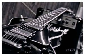 Black and White Les Paul by beauty-fades