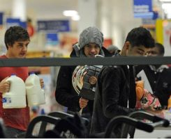 Liam,Zayn and Harry at the market by convict123