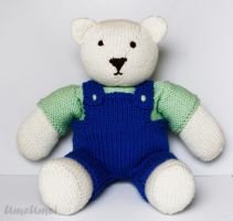 Knitted Teddy Bear by umeumei