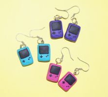Gameboy Color earrings :D by Marietjee