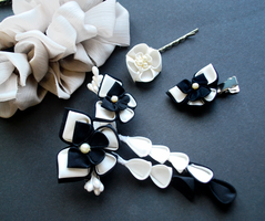 Black And Ivory Butterfly Wedding by hanatsukuri