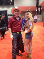 Big Macintosh and Applejack Cosplay at C2E2 2013 by AJTexasRanger