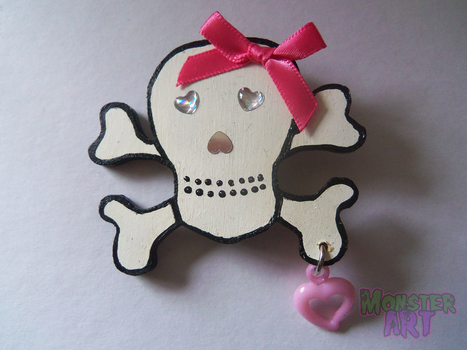 White Wooden Skull Brooch by MonstArt