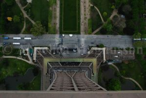 Straight down from the very top of Eiffel Tower by AnkaaaaPORR