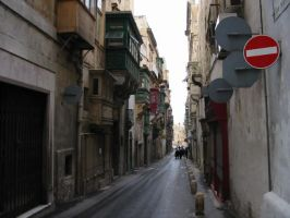 The alleyways of Malta by mike19