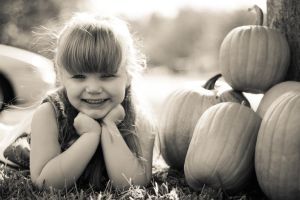 Zoe's Autumn/Four-year Pictures by iheartslb