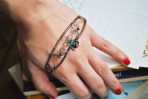 Palm Cuff by twistedjewelry