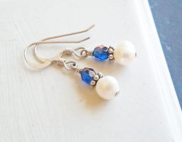 Midnight Blue Czech Glass and Pearl Earrings by QuintessentialArts