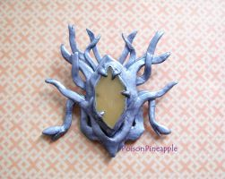 Thranduils brooch by RadiumIridium
