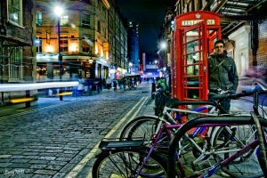London telephone in the night by Samudi