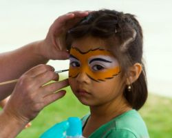 Face Painting by thekaran