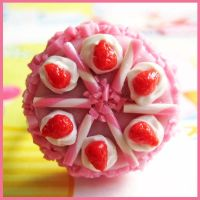 Strawberry Candy Cake Ring by cherryboop