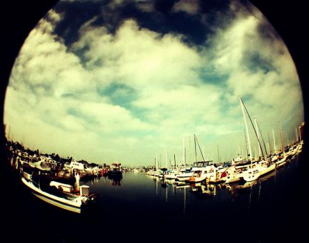 Lomo Harbor by hell0z0mbie