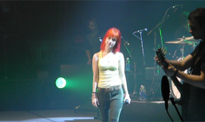 Hayley Williams Live 4 by hcisme123