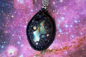 Intergalactic Labradorite pendant by dogzillalives
