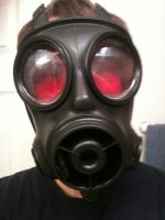 1st attempt to add red tint to gas mask by Nachtwolfen18