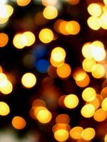Christmas Bokeh II by thriftyredhead
