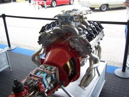 The 5.7 Hemi_Carb II by DetroitDemigod