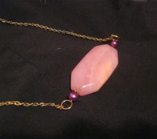 pink stone and pearl necklace by Galasdian
