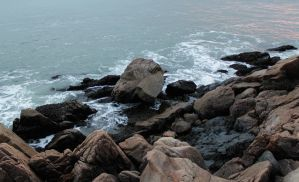 Rocky Shore by t-subgenius