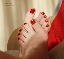 Showing off my new pedi by JSC48