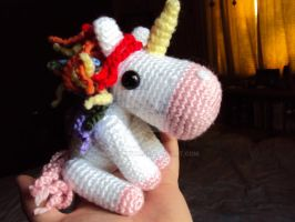 Birthday Present for my Youngest Sister - Fluffy by altearithe