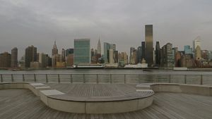 East River by rmbastey