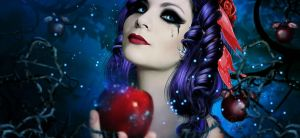 Beautiful Snow White by Fae-Melie-Melusine