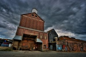 Old Warehouse by cjmchch