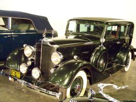 Packard Eight Deluxe by DetroitDemigod