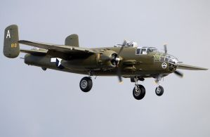 B-25J Buster Landing by shelbs2
