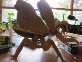 Cardboard Praying Mantis by Doom-Wulf