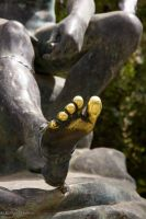 Golden Toe by stromstoerung