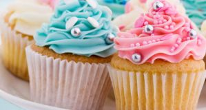 CUPCAKES!!! by TheAlphaSoul