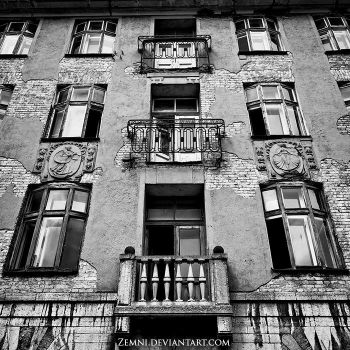 Windows Passed by Zemni