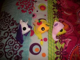 Rarity apple jack and fluttershy plushie pins by Eimiyuki