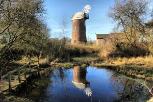 Swannington Windmill by MichaelJTopley