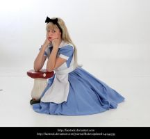 Alice43 by faestock