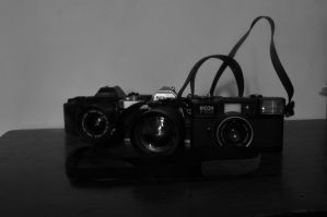Classic camera by y0h4nes