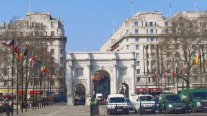 Marble Arch. by crystalsmile