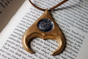 Jareth's Labyrinth Pendant by DocileGloom