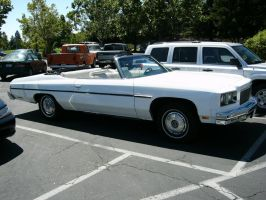 1975 Chevrolet Caprice Classic Convertible by RoadTripDog