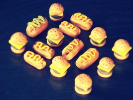 Hamburgers + Hotdogs II by Keitilen