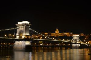 Lights of Budapest by LaCelta