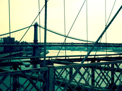 manhattan bridge by euphorialas