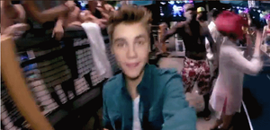 Gif de Justin Bieber Beuty and a Beat by Alexandrita22