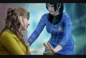 Kirk and Spock fem! by Luthien-Undomiel
