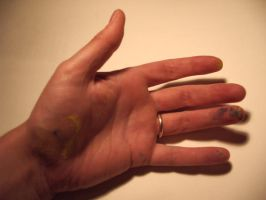 an old womans hand by ArtHritis