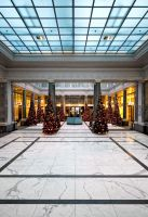 Symmetric Xmas by zuckerblau